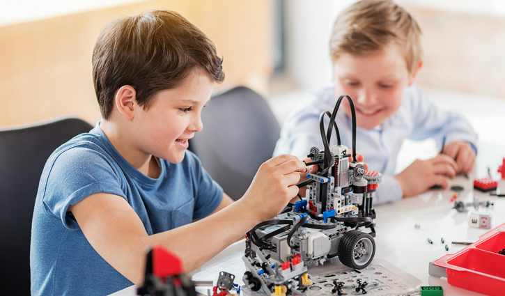 Top 5 Ways Kids Can Learn About Robotics